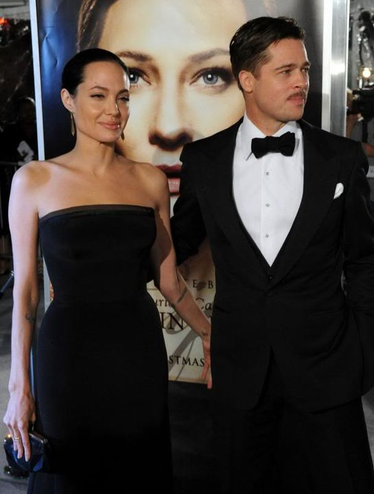 Brad and Angelina Movie Premieres  - Page 5 Curious-Case-of-Benjamin-Button--3