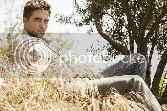 Robert Pattinson  S640x48011