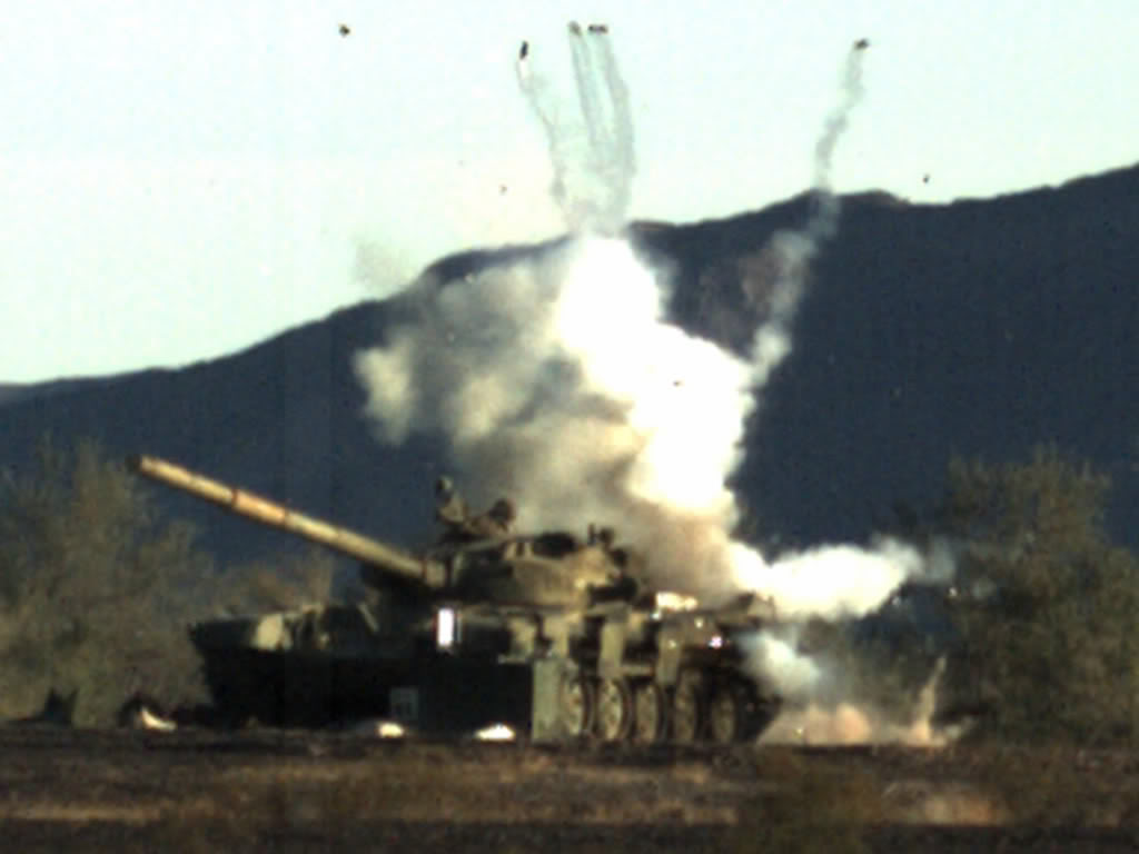 Leopard 2 a4 Vs T-80 ORD_XM-1111_MRM-CE_T-72_Impact_lg