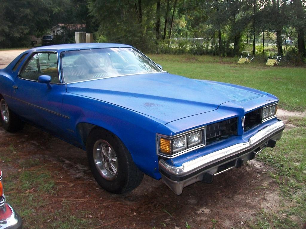 1976 & 1977 Pontiac Lemans Coupes for sale. Panama City, FL 100_6784