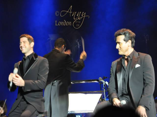 Il Divo Christmas Shows December 2009 0523