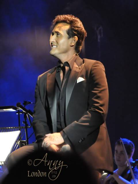 Il Divo Christmas Shows December 2009 0527