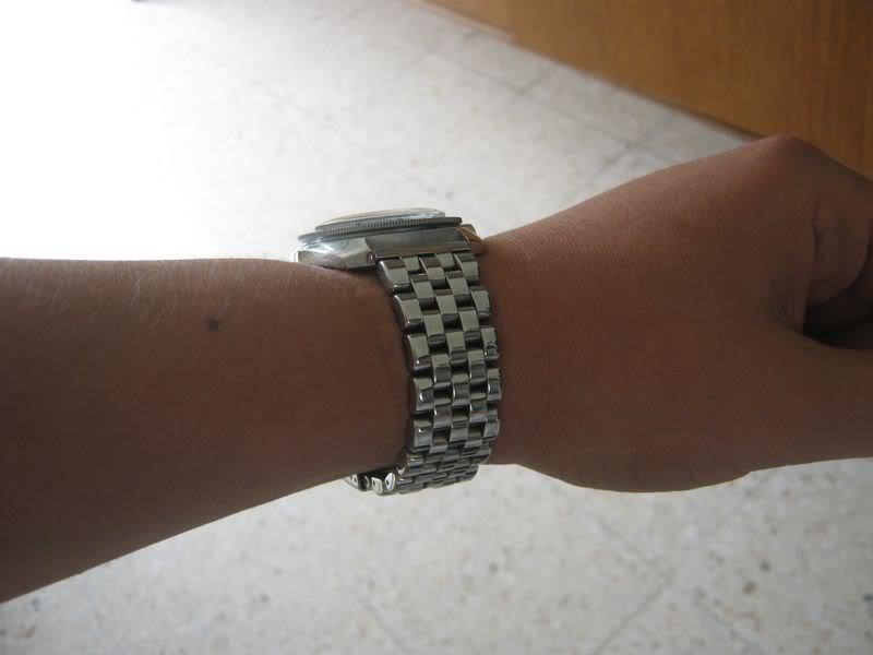 Montrez nous vos vostok sur leurs bracelets ! IMG_0129
