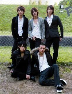 KAT-TUN: historia del grupo KamenashiKazuya30