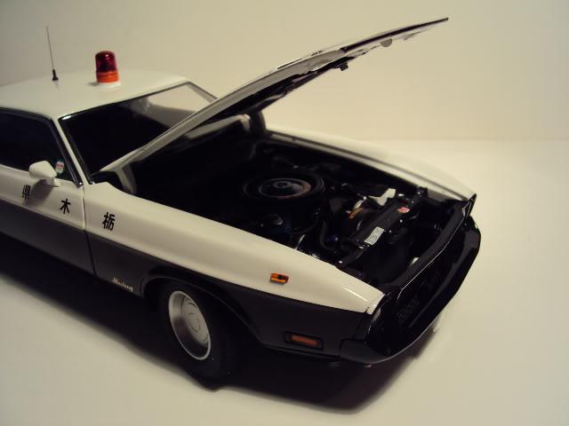 Autoart 1/18: Mustang Mach I Japanese Police car. DSC05499