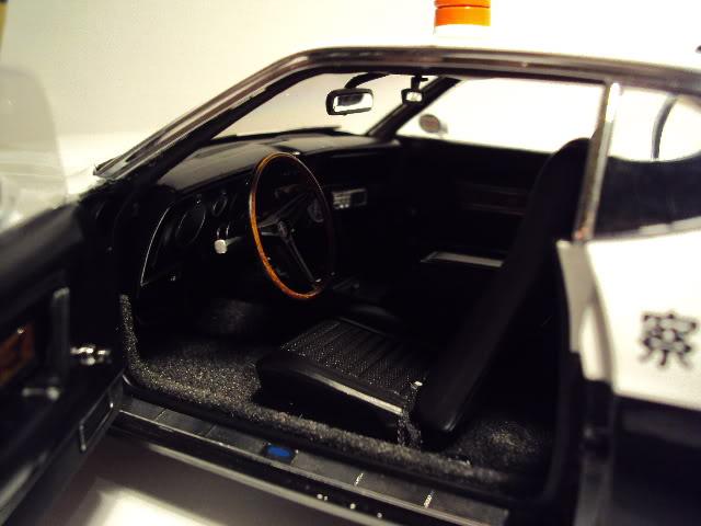 Autoart 1/18: Mustang Mach I Japanese Police car. DSC05504