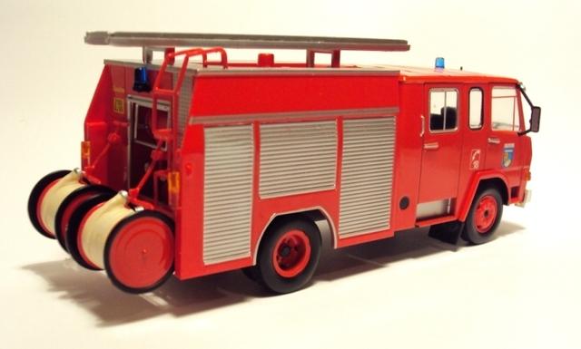 Camiva Berliet 770KB 6 IXO 1/43 DSC07109_zpsmagzsvzf