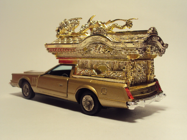 Yonezawa-Diapet: Lincoln Continental Buddhist Hearse. DSC03551_zpse4f70df4