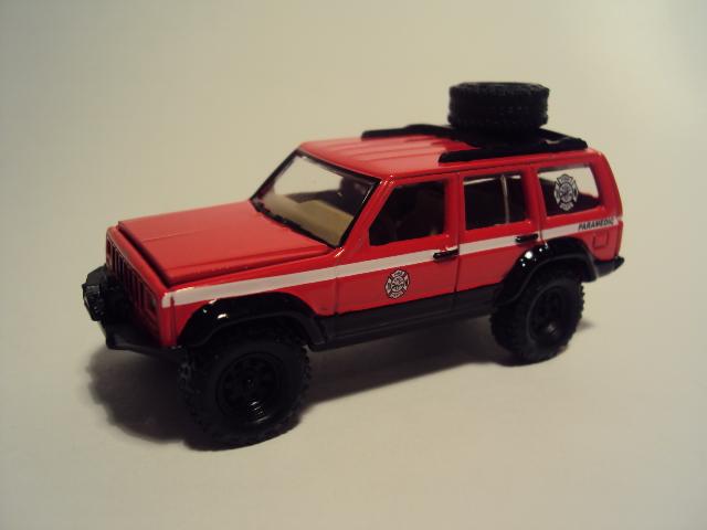 Johnny Lightning Forever 64 R27: Jeep Wagoneer et Al. DSC00068_zpsdcd25a4c