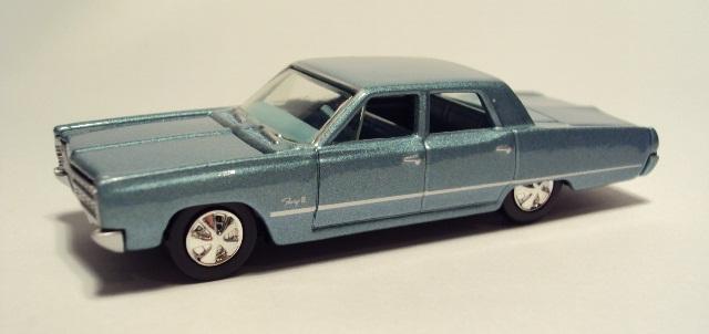 Johnny Lightning: 1967 Plymouth Fury II DSC04315_zps37376c03
