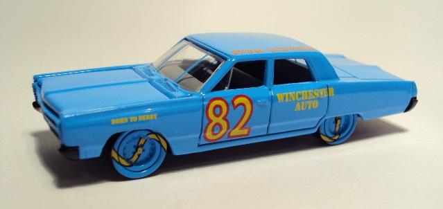 Johnny Lightning: 1967 Plymouth Fury II DSC04324_zps1f3d4590