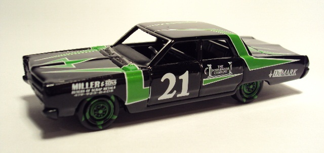 Johnny Lightning: 1967 Plymouth Fury II DSC04325_zps97015655