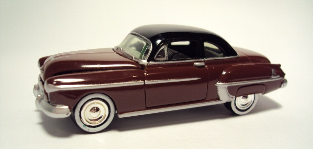 Johnny Lightning: 1950 Oldsmobile Rocket 88. DSC04413_zpsbb328ab6