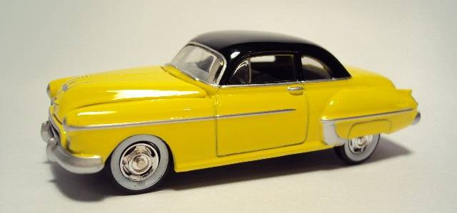 Johnny Lightning: 1950 Oldsmobile Rocket 88. DSC04414_zps3255c881