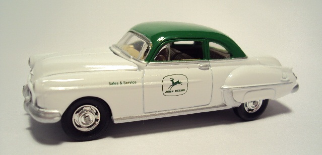 Johnny Lightning: 1950 Oldsmobile Rocket 88. DSC04417_zpsb7a55239