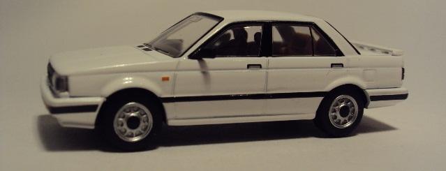 TLV-N 10a/b: Nissan Sunny/Sentra (B12). DSC03118_zpsd2467e64