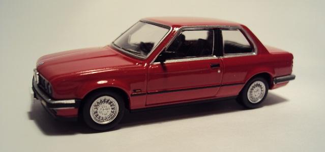TLV-N91/93: BMW E30 Coupe/Sedán. DSC04167_zps4ce5aeb8