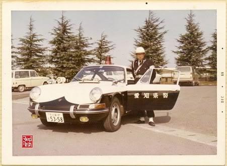 Autoart 1/18: Mustang Mach I Japanese Police car. Japanporsche2