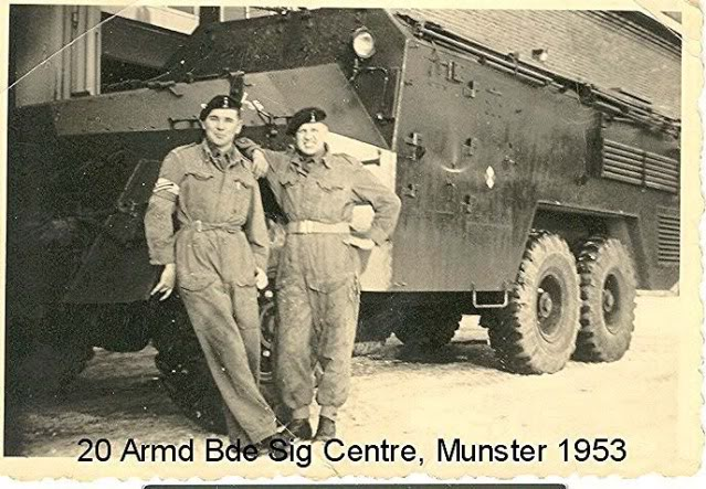 20 Armd Bde Sig Cen photo 20ArmdBdeSigCentre1952LenPayneJockM.jpg