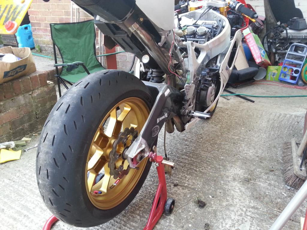 04 1000 rr seat unit and rsv swing arm onto rrv - Page 3 20130707_1734490_zpsfe36ea52