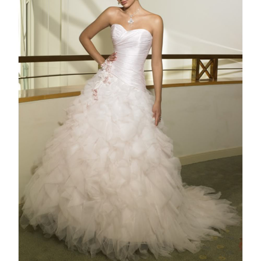 Pictures of our dresses or suits for the Masquerade! Bridal02331-1000x10001