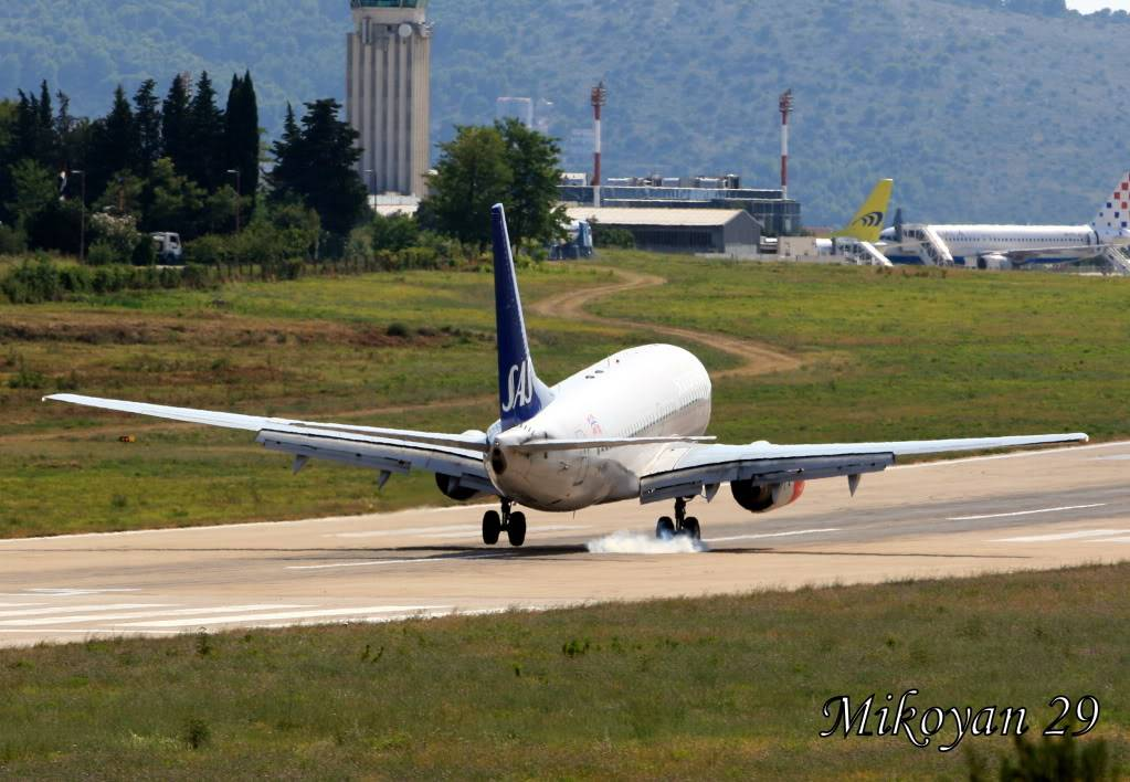 Zračna luka Split 4-11