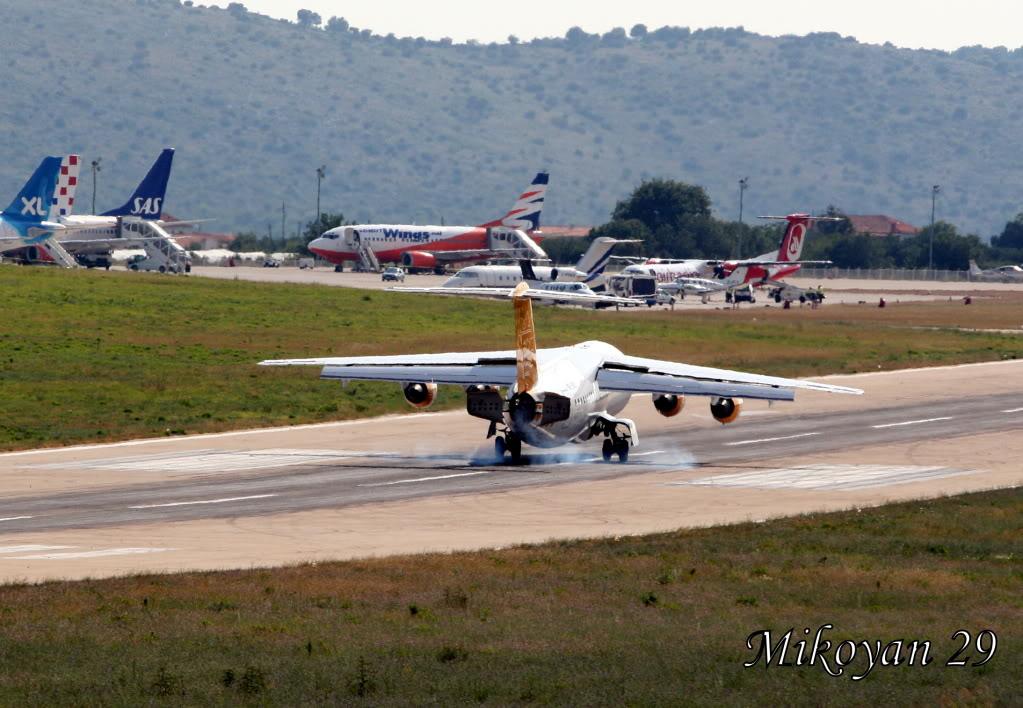 Zračna luka Split 7-9