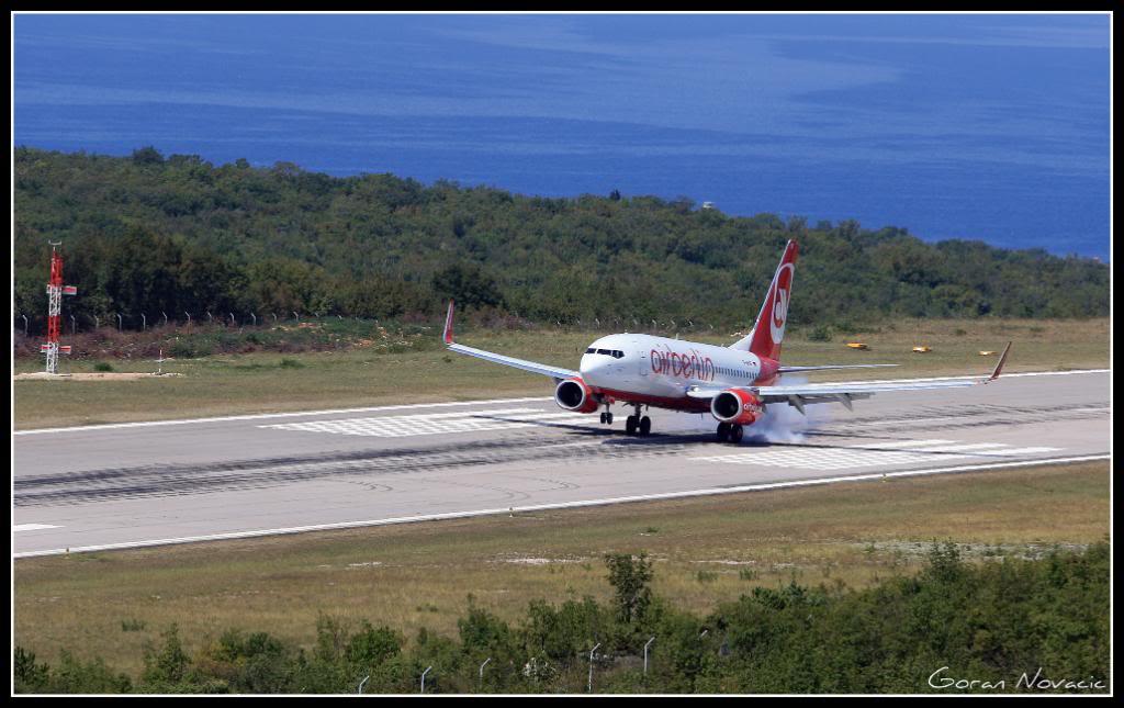 Zračna luka Rijeka - Page 4 IMG_4373