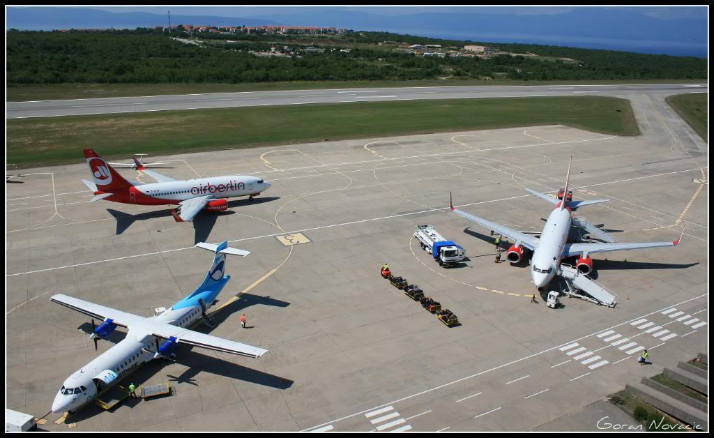 Zračna luka Rijeka - Page 4 IMG_4422