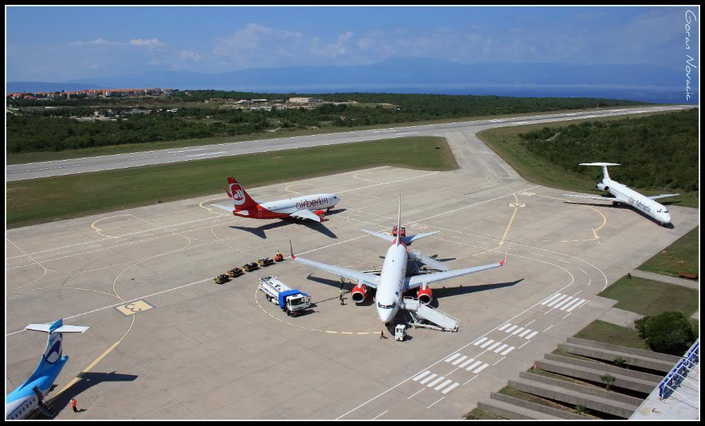 Zračna luka Rijeka - Page 4 IMG_4424