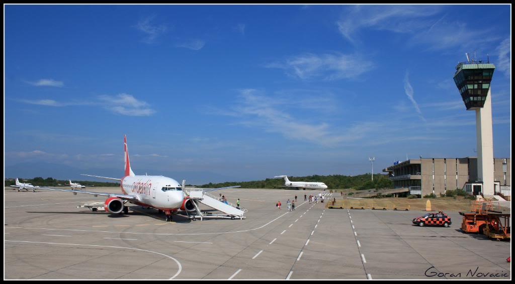 Zračna luka Rijeka - Page 4 IMG_4602