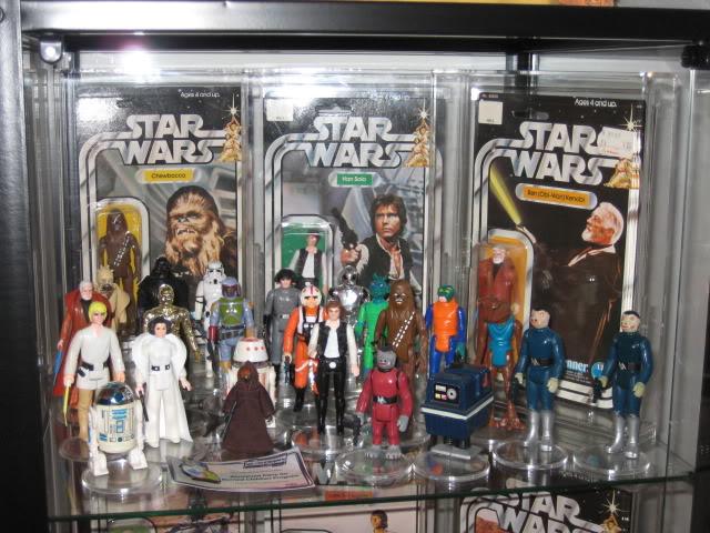 Stargeezers Moc's and display cabinet. DisplayShelf1-1