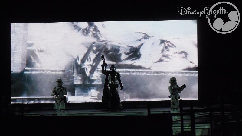 DisneyLand Paris - Star Wars Season Of the force 114339_zpsfuu6ybwk