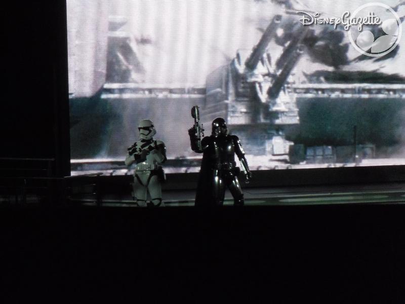 DisneyLand Paris - Star Wars Season Of the force 114340_zps8lmyzamx