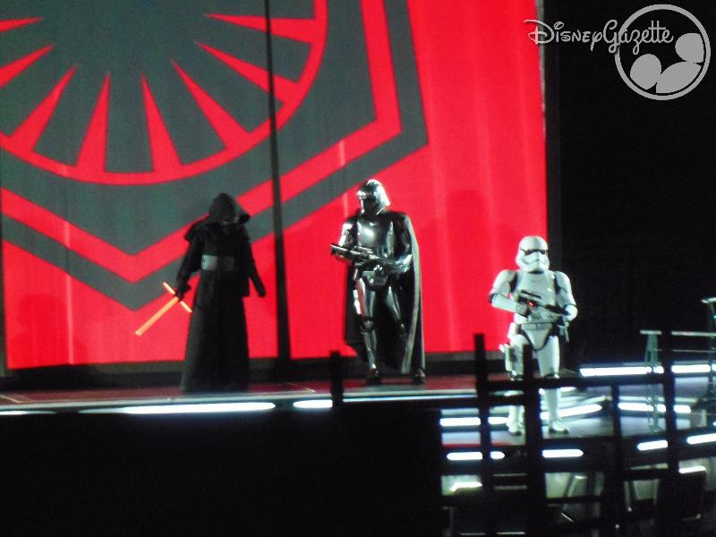 DisneyLand Paris - Star Wars Season Of the force 114348_zpsy0qoruah