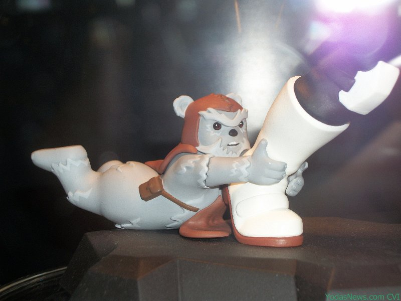Gentle Giant - Animated Maquette - Scout Trooper Ewok Attack TroopEwok01