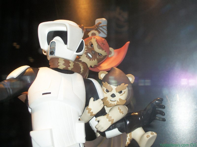 Gentle Giant - Animated Maquette - Scout Trooper Ewok Attack TroopEwok02
