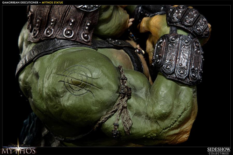 Sideshow - Mythos - Lomrokk - Jabba's Gamorrean Executioner MythosGamor15