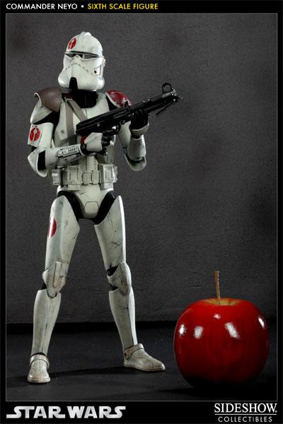 Sideshow - Commander Neyo - 12 inch Figure   Neyo05