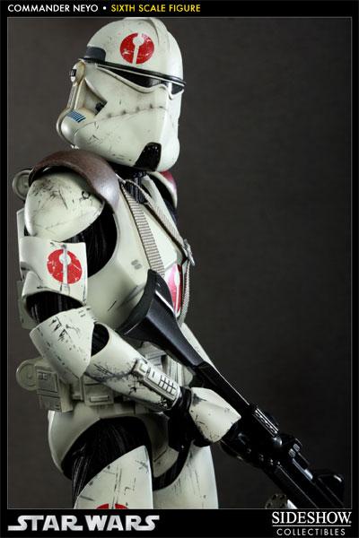 Sideshow - Commander Neyo - 12 inch Figure   Neyo06