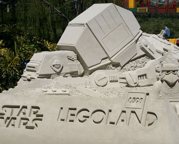 STAR WARS Miniland - LEGOLAND California  - Page 2 Star-wars-legoland-miniland-01