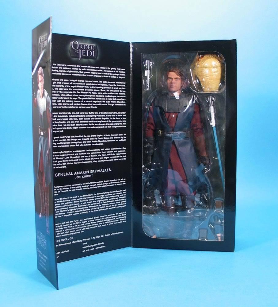 Anakin Skywalker - Clone Wars 12 inch figure SideshowCWANAKIN04