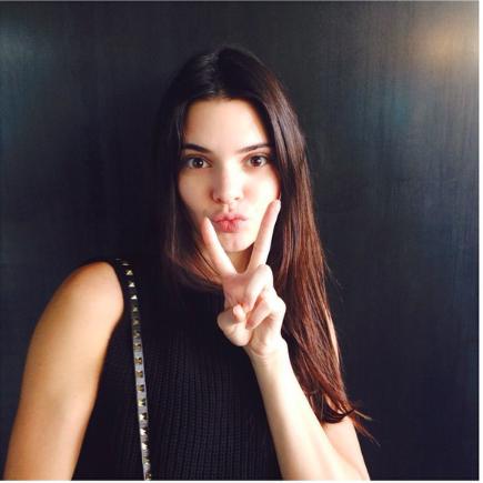 Kendall Jenner/კენდალ ჯენერი - Page 3 8cfdbe35e90e1da3660c35f01373bc3d