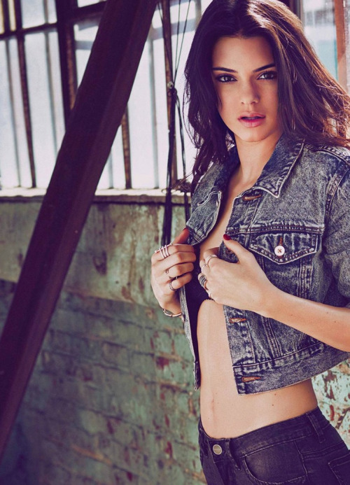 Kendall Jenner/კენდალ ჯენერი - Page 3 D584c48f8dff1ac3c0896dd48b0675b2