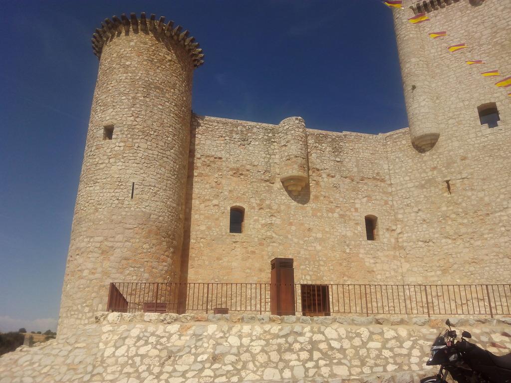 Castillos y motos - Página 5 IMG_20160902_132652_zpsqtvcwszj