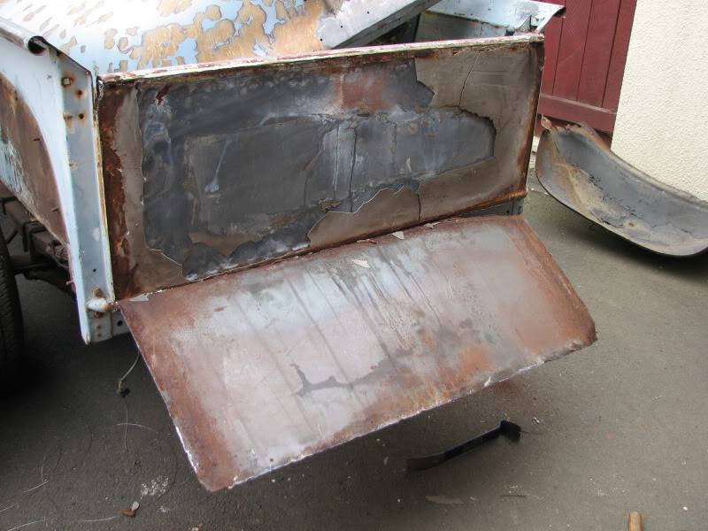 '53 Ford down under....build thread. F100tailgate001