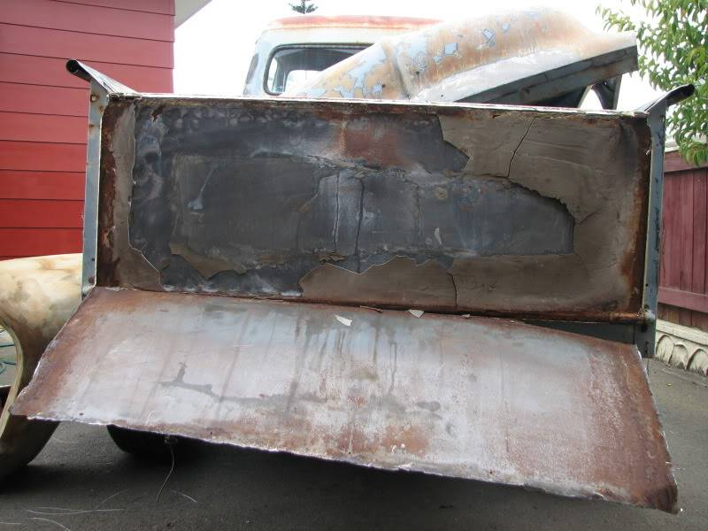 '53 Ford down under....build thread. F100tailgate002