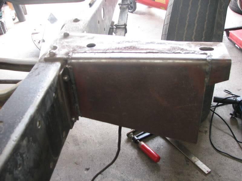 '53 Ford down under....build thread. Cabmountfueltank001