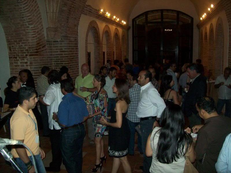 Exposición AJ Marti: FREAKS! - Invitacion Picture018