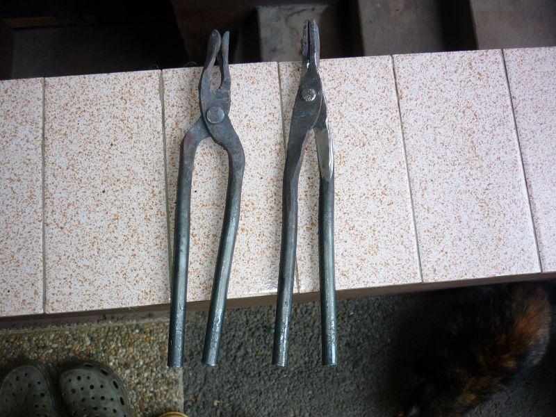 kovanje kovačkih klješta P1050907_zps5db40bed
